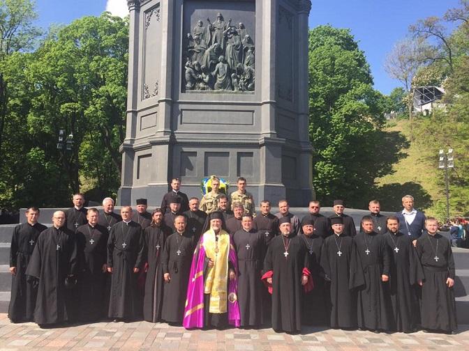 капелани і президент (2).jpg